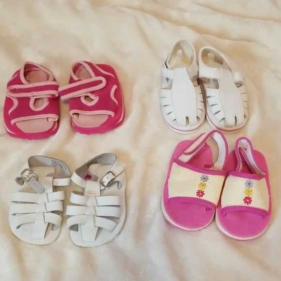 Bundle Of Baby Girl Sandals Sz